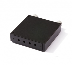 Distribution box for 4 x ST-ST or FC-FC adapters, empty